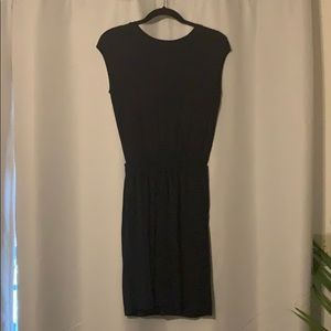 Banana Republic Dresses - Navy Banana Republic T-Shirt Dress